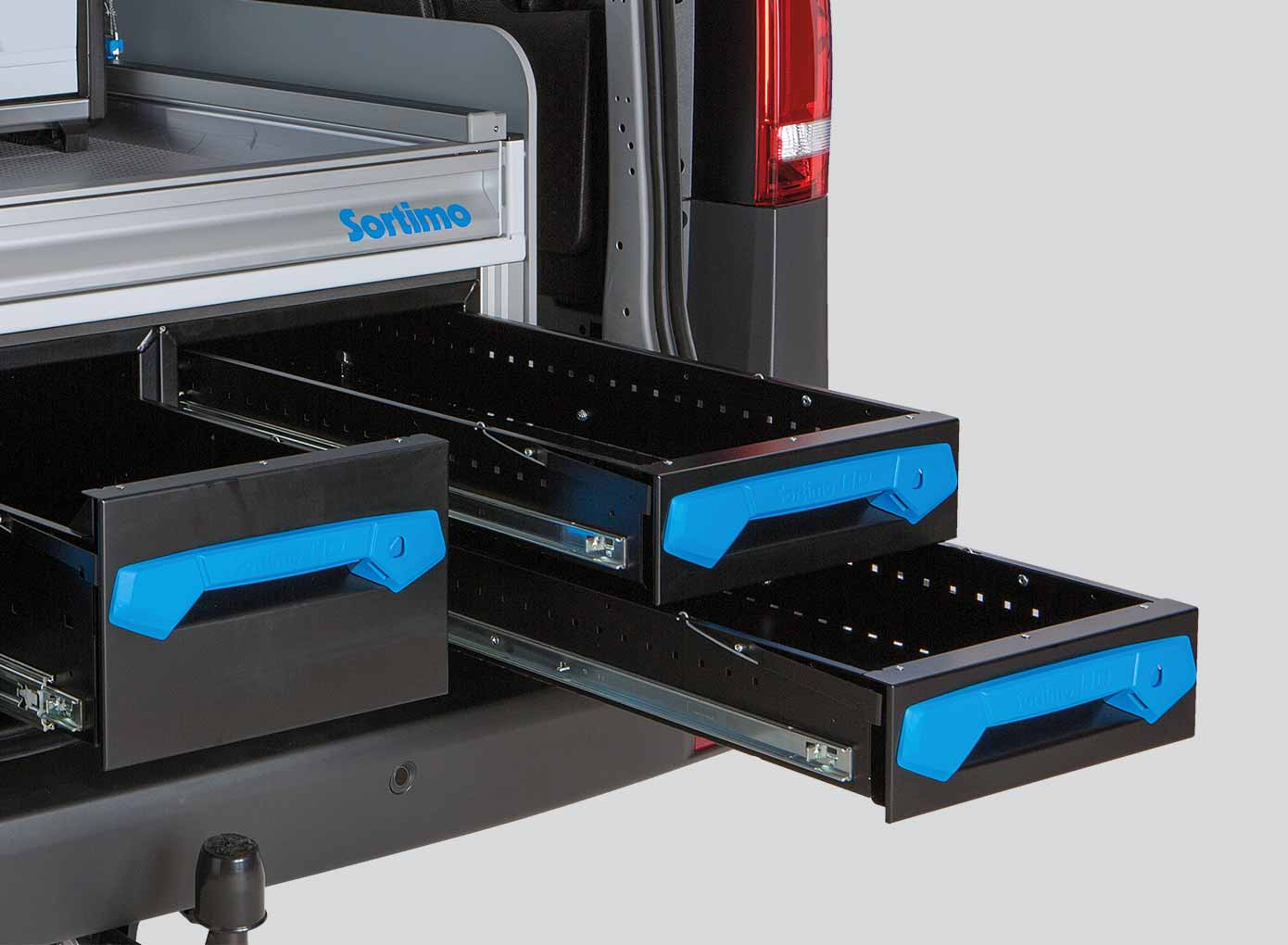 Jumbo Unit – XL Drawer as an underfloor solution